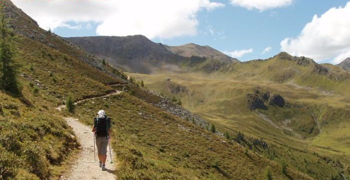 trekking-cop-699x360.jpg