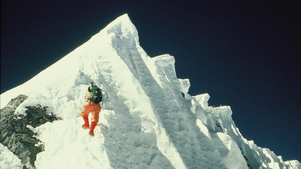 La cresta dello Shartse _ Foto Diemberger-krlD-U1090143291526JxC-1024x576@LaStampa.it.JPG