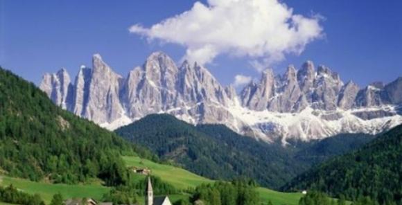 turismo-montagna-trentino-alto-adige.jpg