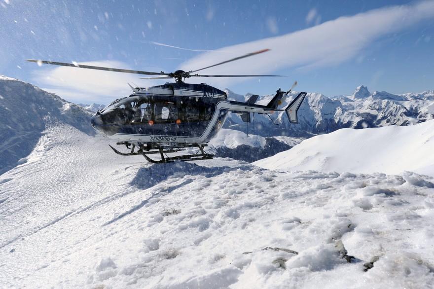 7781625454_une-avalanche-fait-un-blesse-grave-en-haute-savoie-photo-illustration.jpg