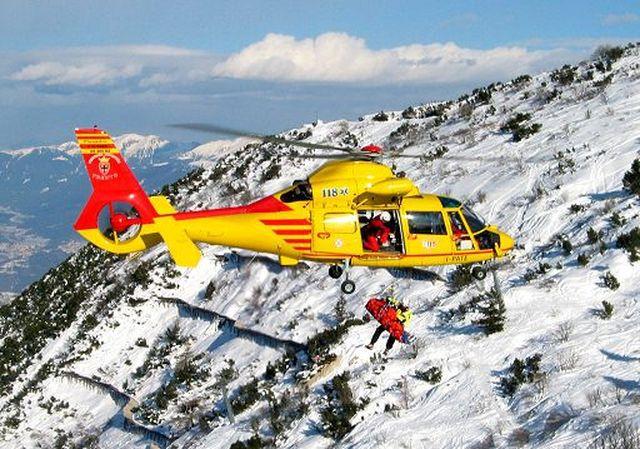 soccorso-alpino-elicottero.jpg